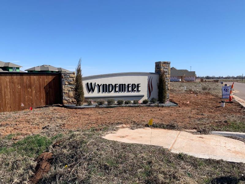 Wydemere Entrance
